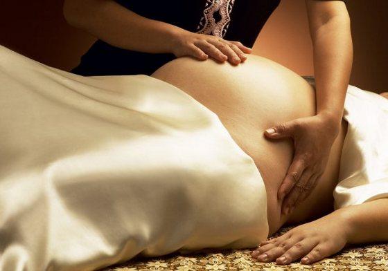 Растяжки на животе во время беременности